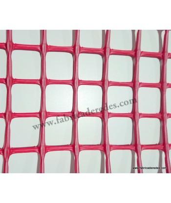 Square plastic mesh Red 3cm x 3cm
