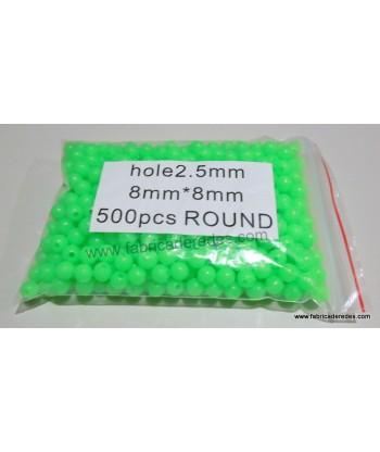 Perlita luminosa verde 2.5mm x 8mm