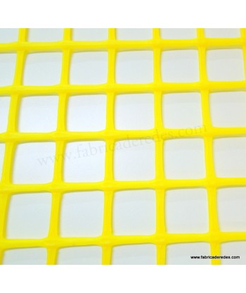 Square plastic mesh Yellow 3cm x 3cm 750 grams