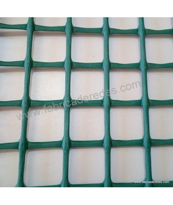 Square plastic mesh green 3cm x 3cm