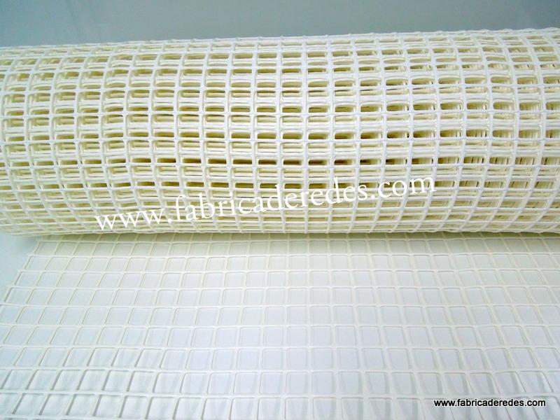 Malla plástica blanca 3cm x 3cm