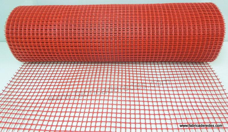Malla 1,8cm x 1,8cm color rojo 620g