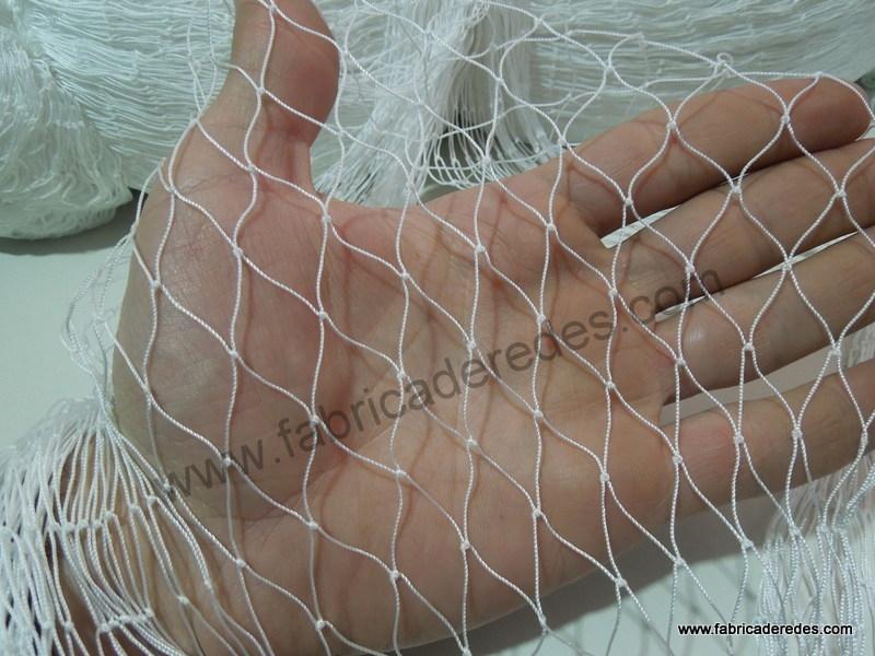 red de nylon ideal caza, pesca y proteccion