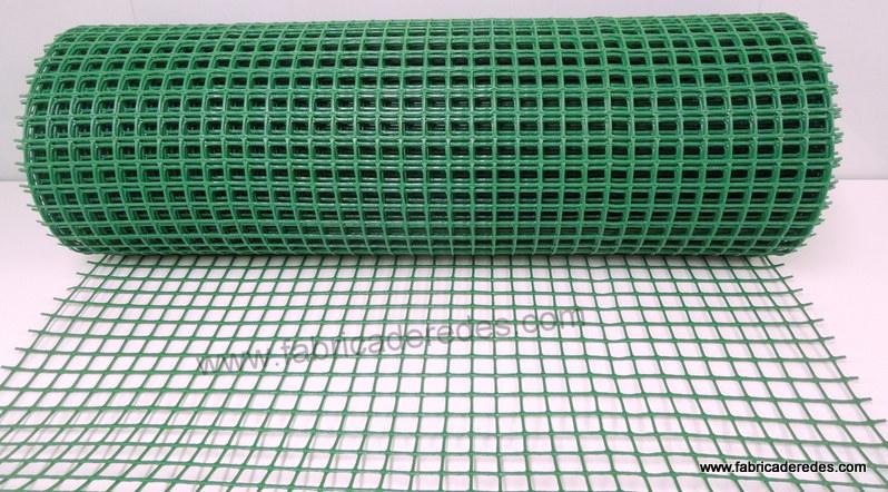 Malla plástica 2,5cm verde 560 gramos